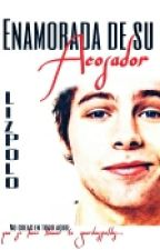 Enamorada de su acosador |Luke Hemmings| EDITANDO by Saaaaturn
