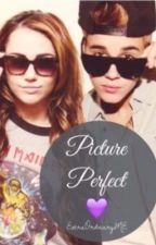 Picture Perfect  // Short Story by jazzyflies