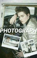 photograph [froy gutierrez] by idcarianator