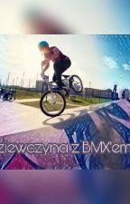 Dziewczyna z Bmx'iem by MartaMarta032