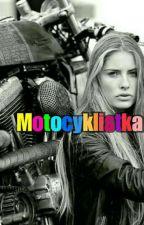 Motocyklistka by Jaktakatoja