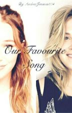 Our favourite song. (Clexa AU) by AndreaJimenez504