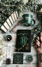 Huncwoci czytaja Harry'ego Pottera by croissanta