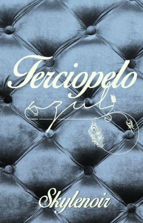 Terciopelo Azul by Skylenoir