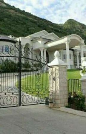 Villa Misterius~KUMPULAN CERPEN (complete) by AivAtko31