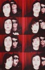 The World Is Ugly (Frerard) [ON HOLD] by dis-en-chanted