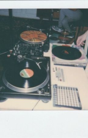 disc jockey ✰ by cam__jam