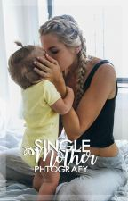 Single mother | skate maloley ♡ by phtografy