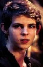 ¿Quien tiene el corazon de Peter Pan?(Once upon a time fan ficcion-Robbie Kay) by DanielaMAguilar