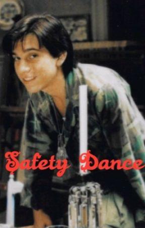 Safety Dance   Alan Frog by skylarstyles56