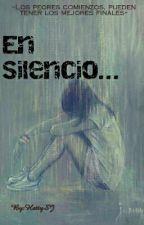 En Silencio... by HattySJ