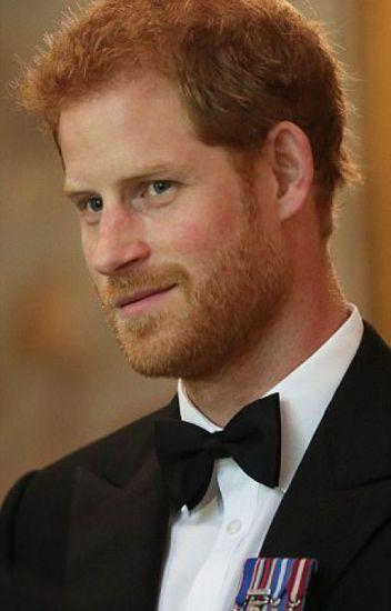 Running Around Royal (Prince Harry #4)