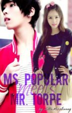 Ms. Popular meets Mr. Torpe (on-hold) by AsheBaby