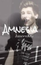 Amnesia || Luke Hemmings by JaneenKG