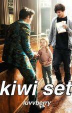 kiwi set• larry stylinson one shot by luvvberry