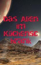 Das Alien im Küchenschrank by Das_Fake