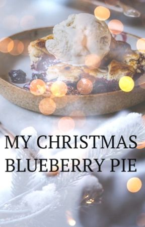 My Christmas blueberry pie  by laura_511