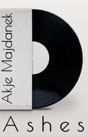 Ashes by AkjeMajdanek
