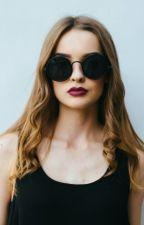 La chica de los lentes Oscuros by RCR1998