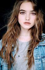 Bella's little sister (Twilight Fan-fic) by Smolittybittybean