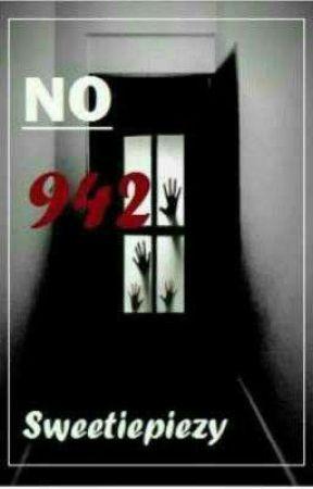 No 942 by mistresstonia