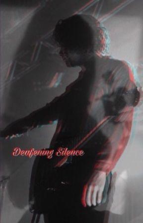 Deafening Silence / Luke Hemmings by babydollASL