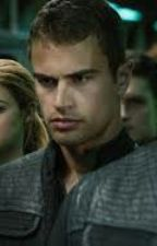 Divergent: I love you too by Sweetly_Desire_Kiss