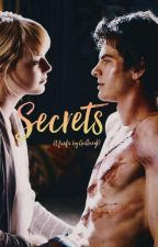 Secrets (Remus Lupin X Reader) by GallaxyD