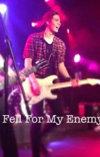 I Fell For My Enemy // Luke Hemmings by demfca