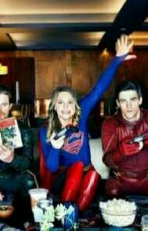 flash e supergirl  by BellaSayd