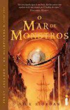 deuses lendo Percy Jackson e o Mar de Monstros.  by GabrielaSouza34