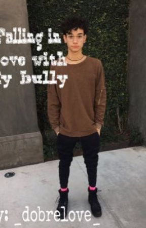 Falling in love with my bully// Marcus dobre fanfic