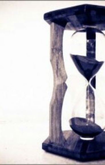 The Hourglass Effect by kitsunekuroshi