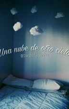 Una nube de otro cielo.  by sweetkiwihs