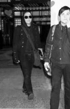 Kill All Your Friends (Frerard) by xoxhowell