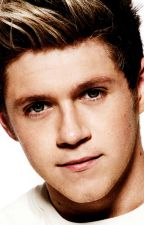 Do not leave me! (SK/CZ Niall Horan) by SimplyKateXxx