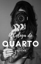 A Colega de Quarto by julezbo