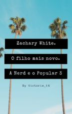 Uma Amizade em Esquecimento • A Nerd e o Popular  3 • Zachary White. (Pausada) by Victorie_14