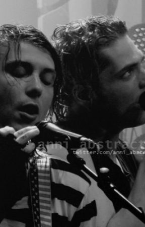 The Microphone Fic (And Multiple Other Fics) by gerards_sassypants
