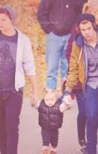 Our family-Larry Stylinson by SavannaMccas