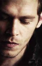 The hybrid and the hunter. (A Klaus Mikaelson love story) by Sharona_xox