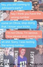 Texting with Magcon  by jackslanes