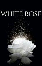 Rosa Blanca (EDITING) by LaraFrange