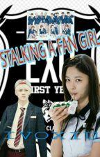Stalking a fan girl by ivoxiu
