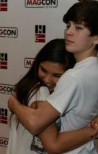 Just friends? (Hayes grier fanfic) by himallory1