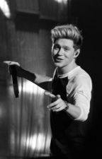 Crazy In Love || Niall Horan by uandiftanaxwhit