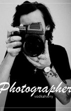 Photographer || h.s. (editar) by vodkahxrry