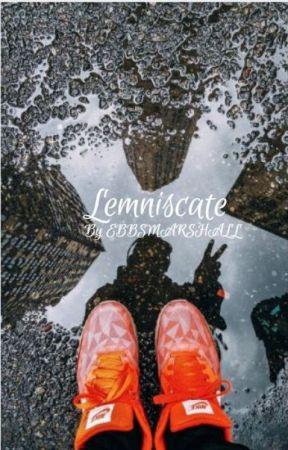 Lemniscate by Ebbsmarshall