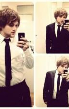 all he wanted was care. (danny worsnop fanfiction) by a7xlover45