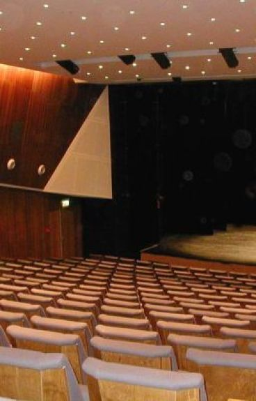 Auditorium by SuzyMuzy